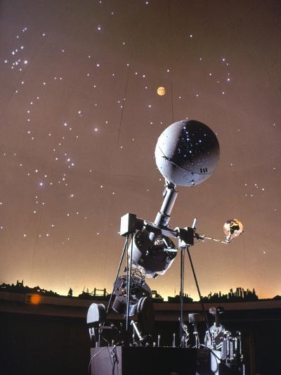 Zeiss Planetarium Projector--Photographic Print