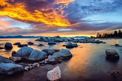 https://imgc.artprintimages.com/img/print/zephyr-cove-south-lake-tahoe_u-l-q1gwte10.jpg?p=0